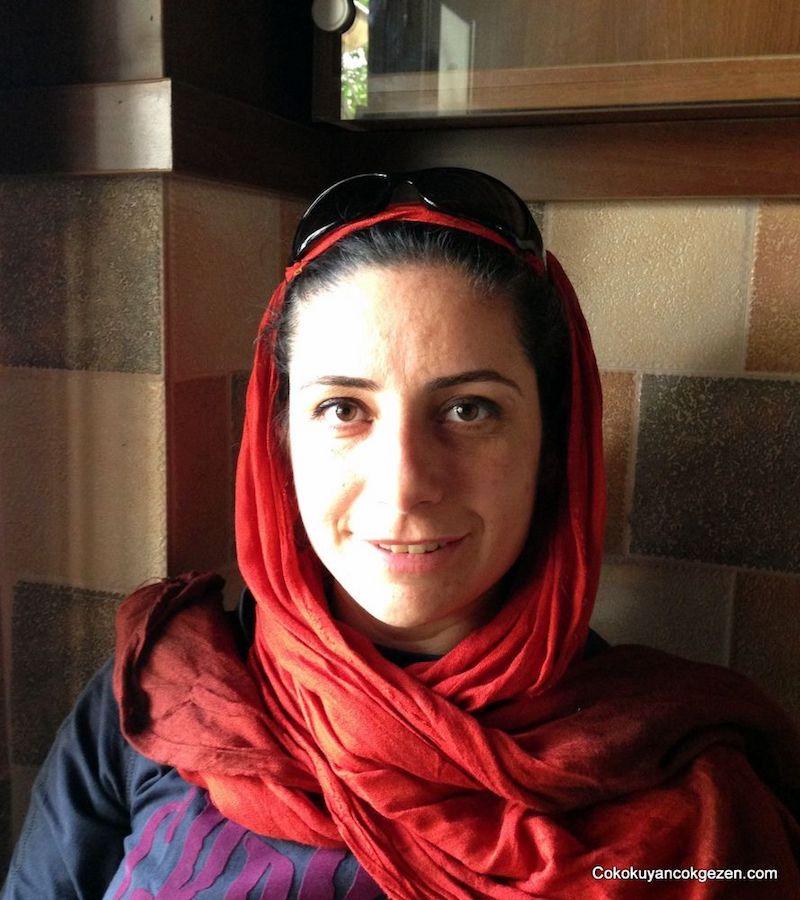 İran'da Kadınlar Ne Giyer?