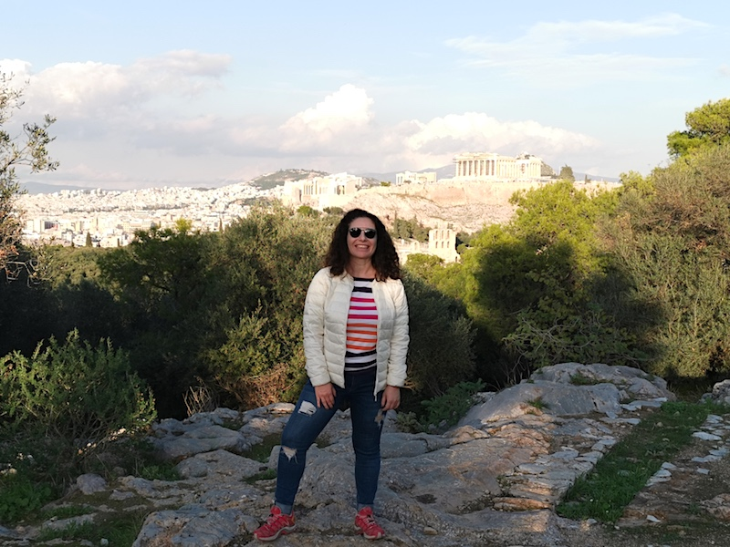 Filopappou Tepesi'nden Acropolis manzarası