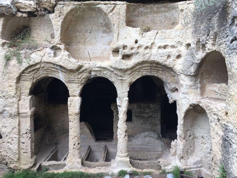Beşikli Mağarası