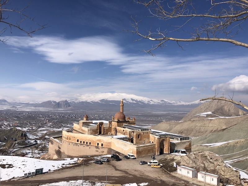İshak Paşa Sarayı'na Nasıl Gidilir?