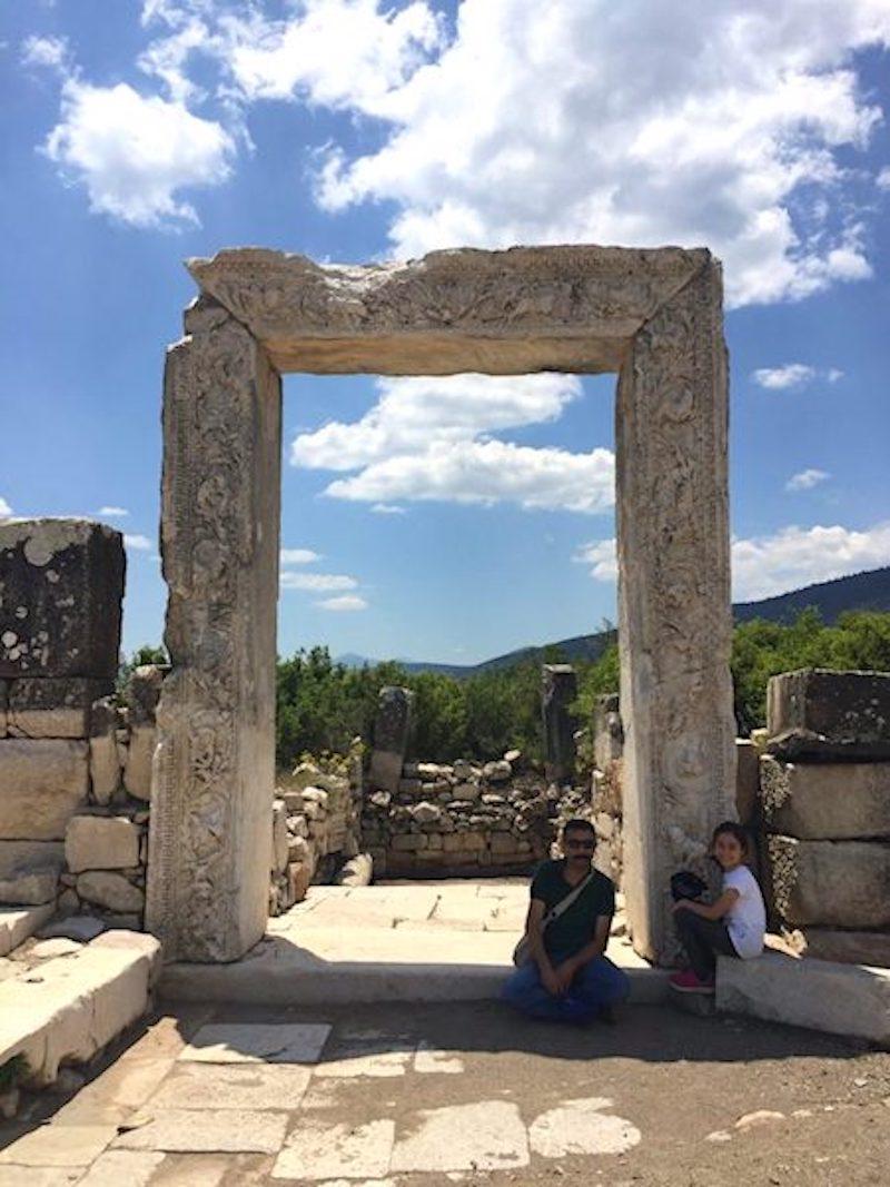 Kibyra Tapınak Girişi