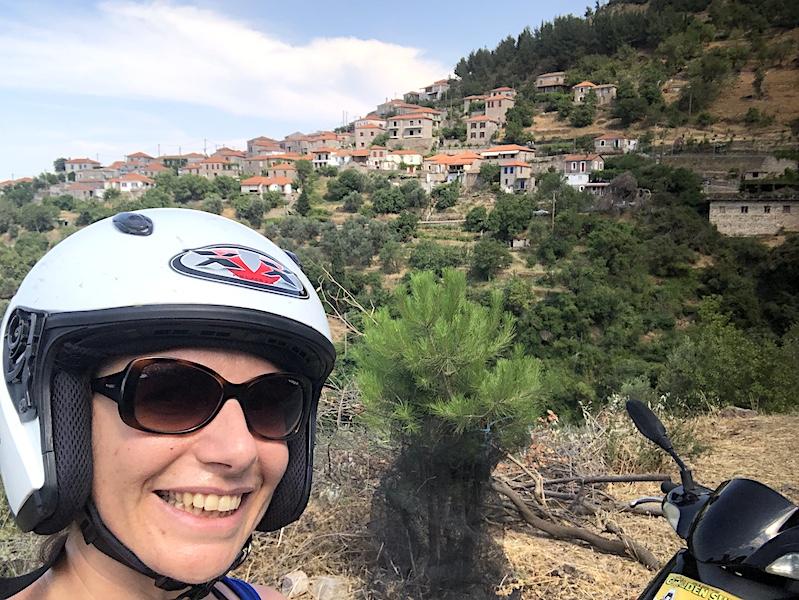 Midilli'de Motosiklet Kiralama