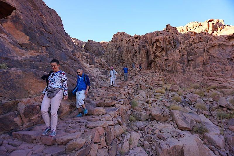 Sina Dağı'ndan iniş, tövbe merdivenleri