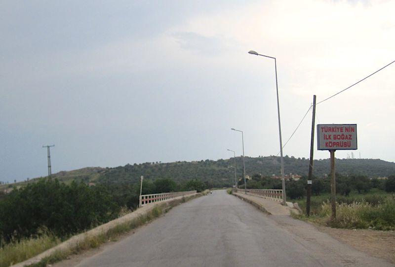 Türkiye'nin ilk boğaz köprüsü