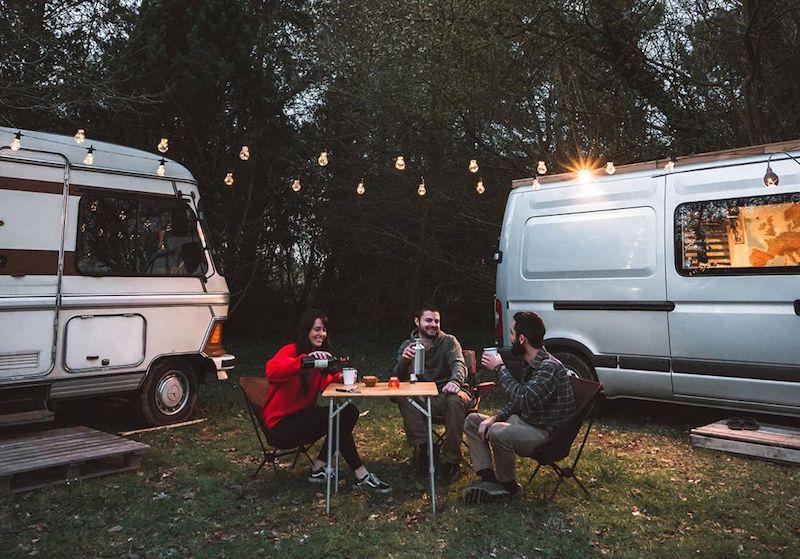 Chloe & Gürkan - Van Life Goes On