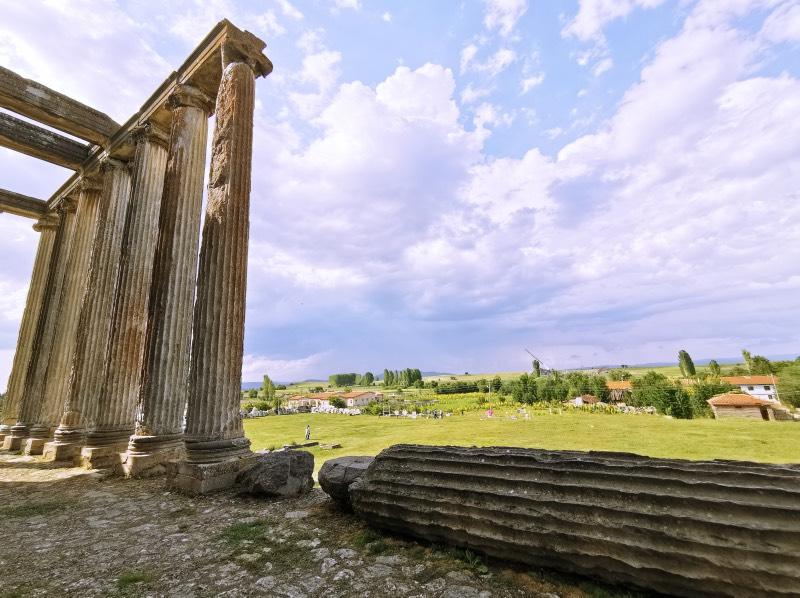 Aizanoi Antik Kenti - Zeus Tapınağından manzara