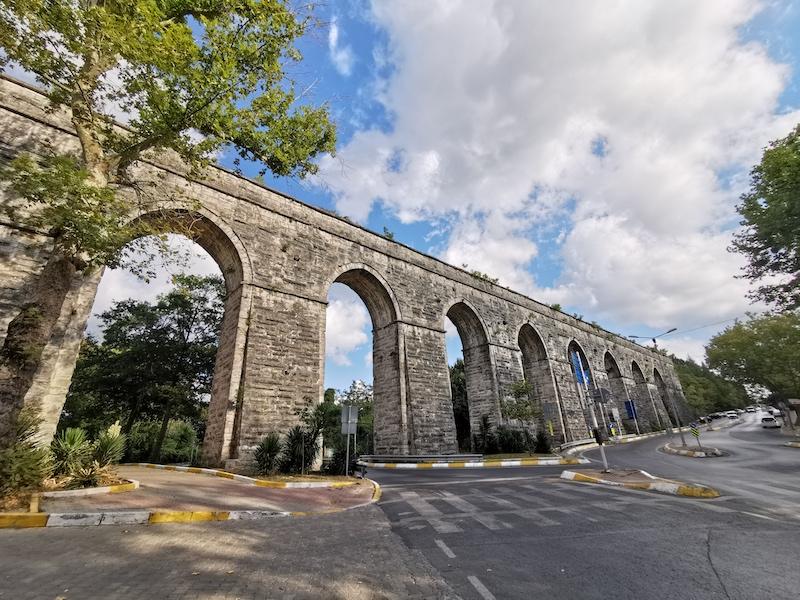 Tarihi Bahçeköy Su Kemeri