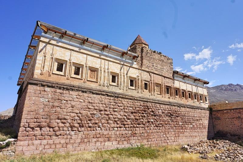 İshak Paşa Sarayının Büyüklüğü