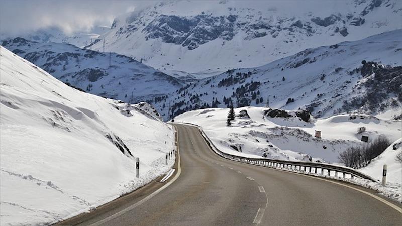 Kışın Güvenle Seyahat Etmek için Aracınız Hazır mı?
