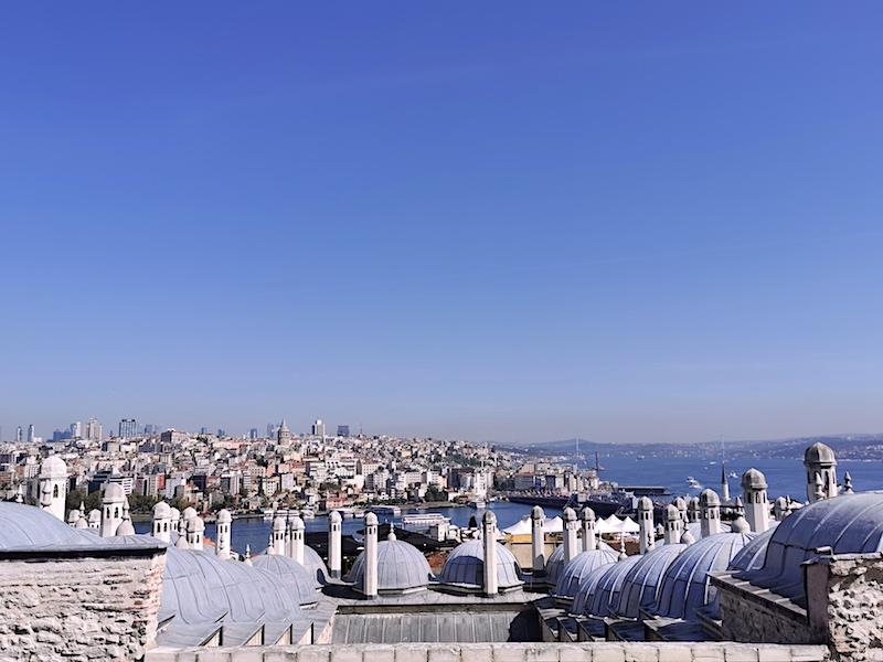 Süleymaniye Camii bahçesinden Haliç ve Boğaz manzarası