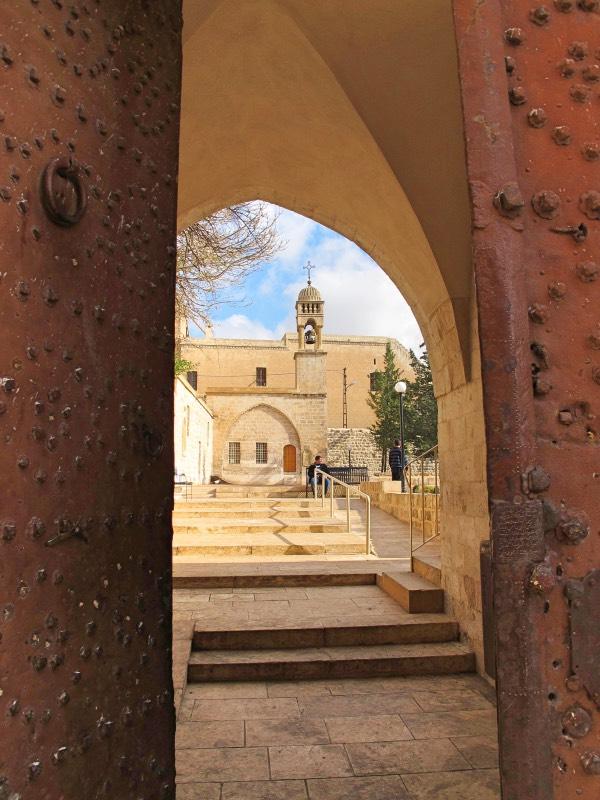 Mor Behram Kırklar Kilisesi