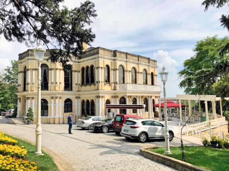 Malta Köşkü - önden görüntüsü