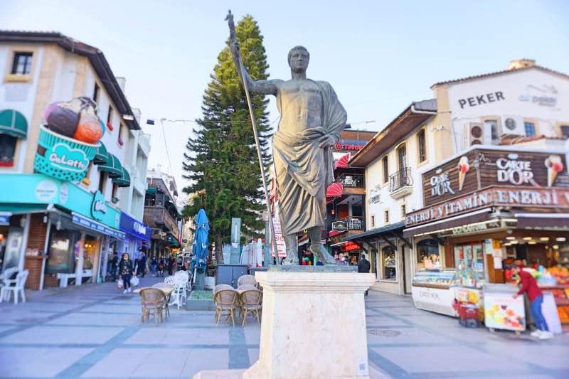 Antalya'nın Kurucusu Attalos