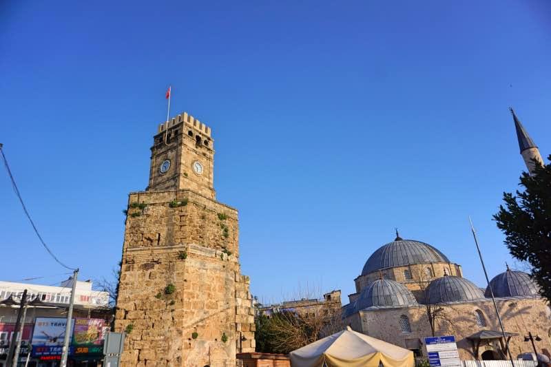 Tarihi Saat Kulesi