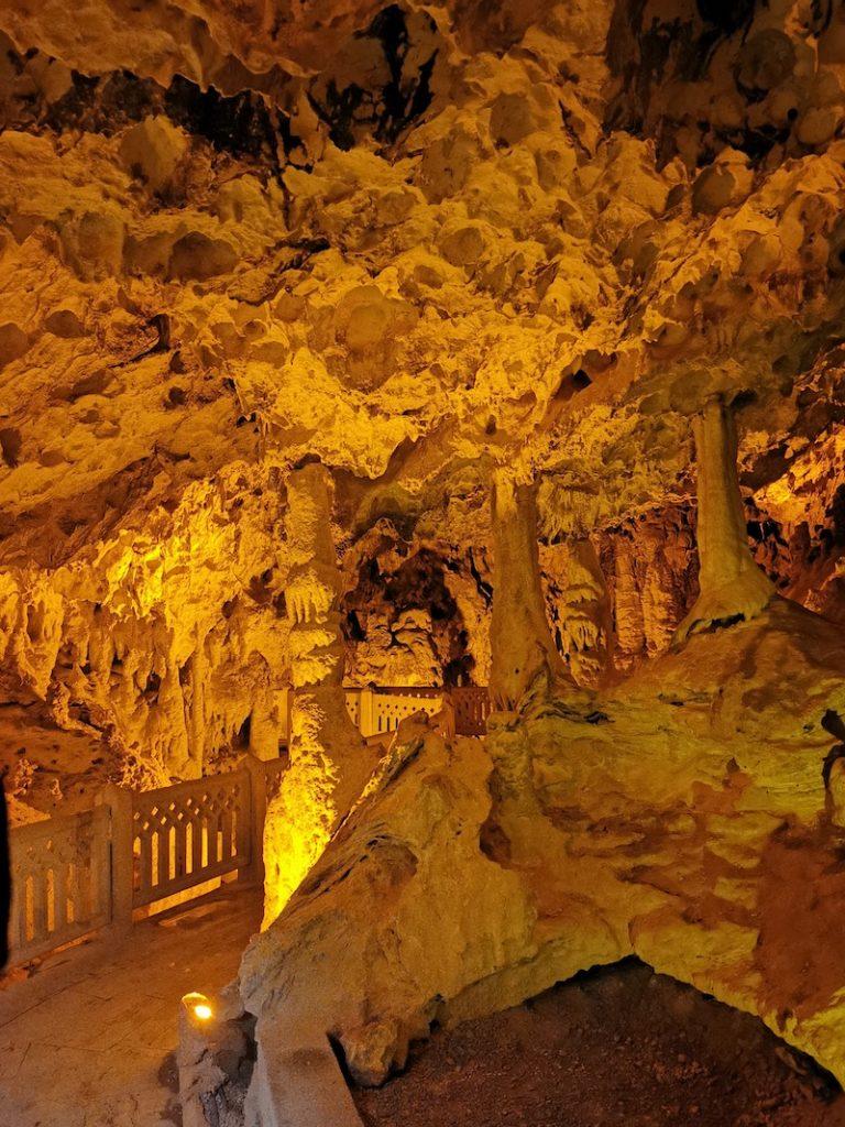 İnsuyu Mağarası - Çine Köyü