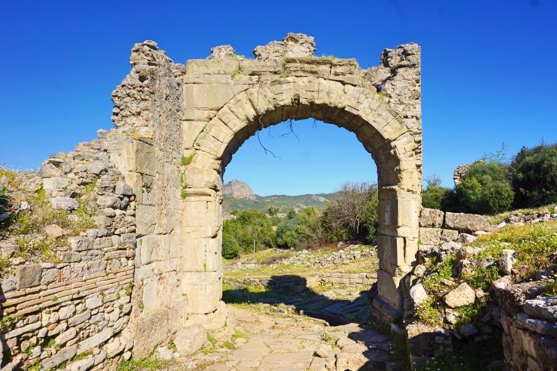 Aspendos Şehir Kapısı