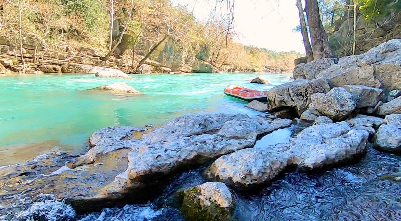 Köprülü Kanyon'da rafting veya bot turu