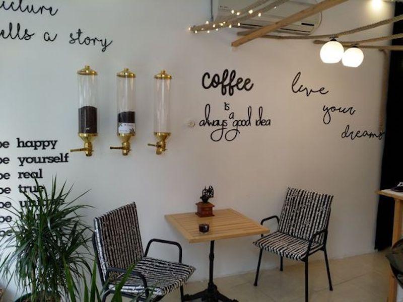 Caffe Castro